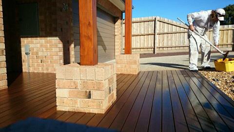Decking exterior timber wonthaggi pentland painting for Exterior timber decking